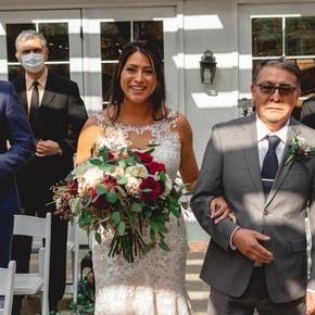 Classic and traditional wedding photos. at Brick Farm Tavern JPBC-25