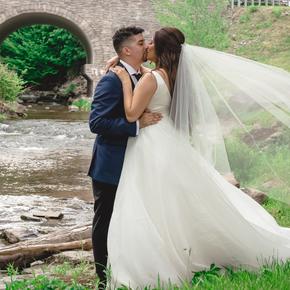 Best Poconos wedding photographers at Wallenpaupack Creek Farm ABRR-22