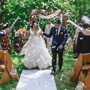Best Poconos wedding photographers at Wallenpaupack Creek Farm ABRR-7