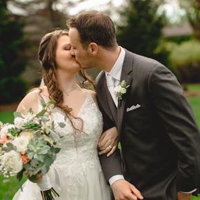 Stroudsmoor Wedding Photography at Stroudsmoor Country Inn AHJA-40