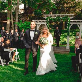 Philadelphia area wedding photographers at Pomme Radnor APMT-22